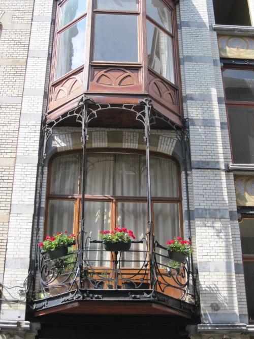 Architecture Art Nouveau dans le quartier de Saint-Gilles (août 2011) Art nouveau architecture in the Saint-Gilles neighborhood (August 2011)